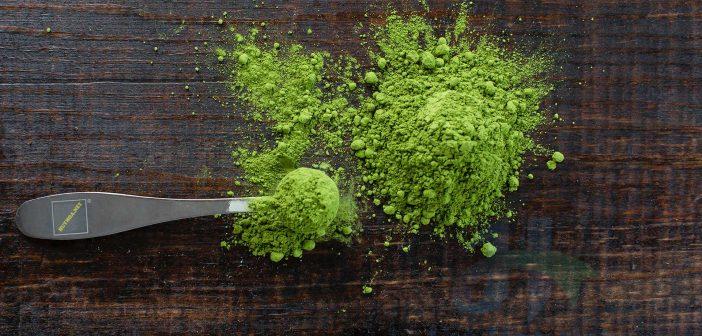 Cách làm da trắng tự nhiên từ bột trà xanh