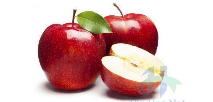 Dưỡng da trắng mịn với trái táo