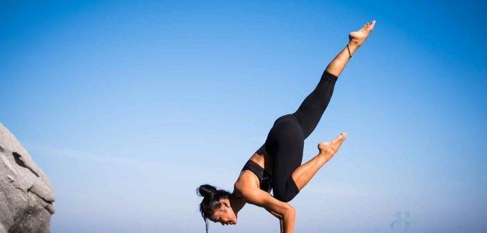 Tập yoga giúp giảm căng thẳng, trẻ hóa làn da mặt một cách bền vững và duy trì sức khỏe