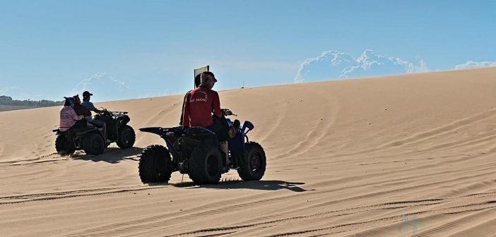 Sauntering on the soft sand dunes of Mui Ne on a jeep