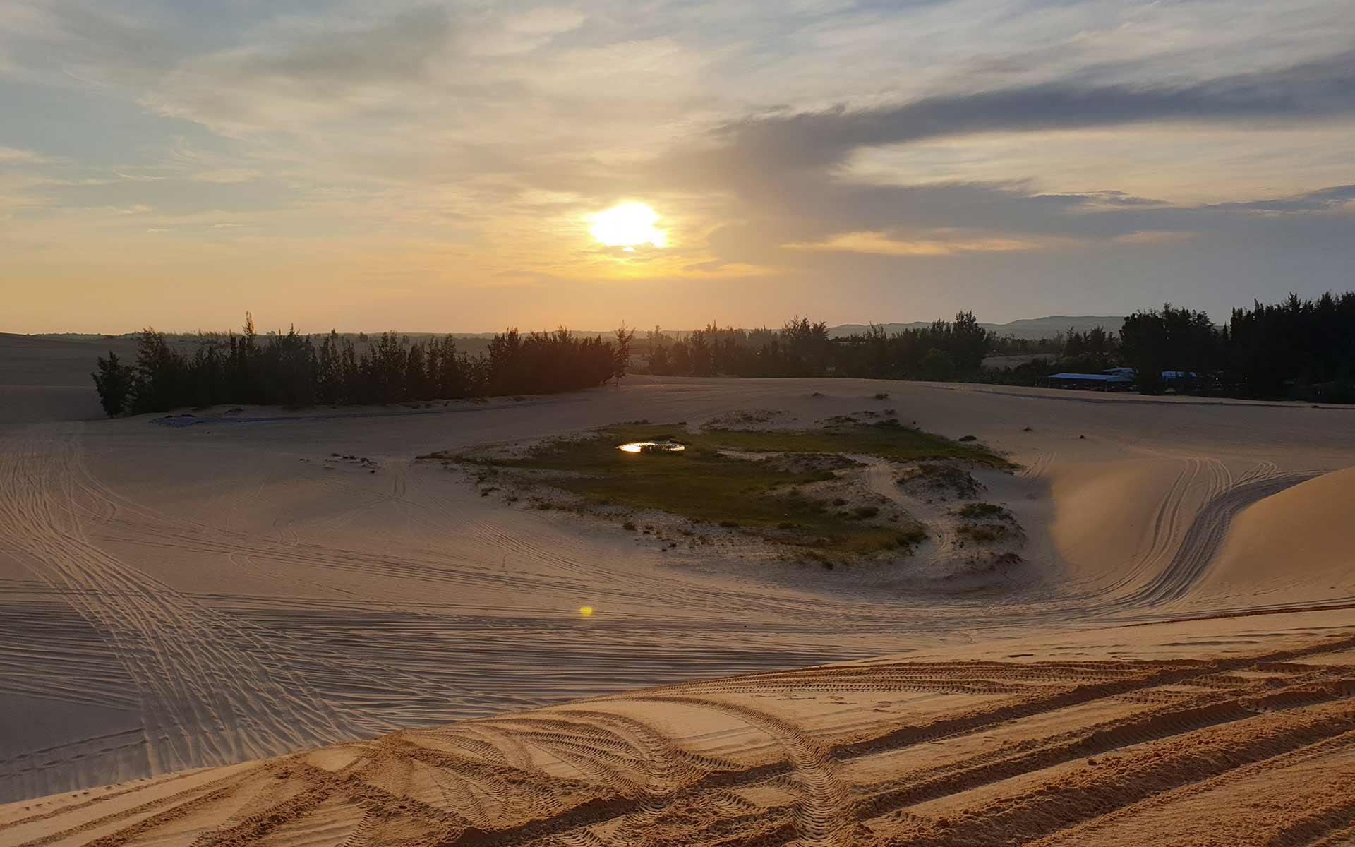 Sand dune in Mui Ne, Phan Thiet