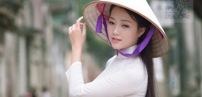 Áo Dài - Hình ảnh truyền thông của quê hương Việt Nam