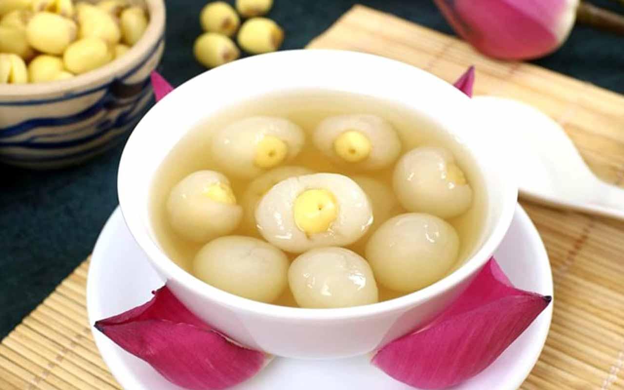 Chè Long Nhãn Hạt Sen – Logan and Lotus Seed Sweet Soup