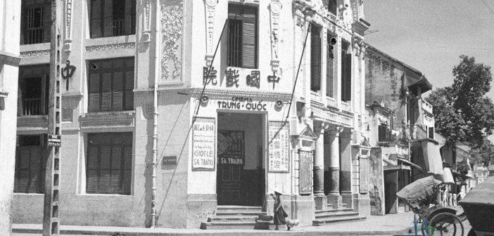 Nhà hát Chuông Vàng - Cải lương Hý Viện, 72 Hang Bac Street