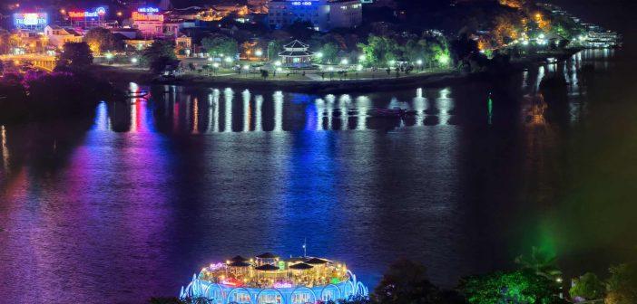 Huong river, Hue at Night