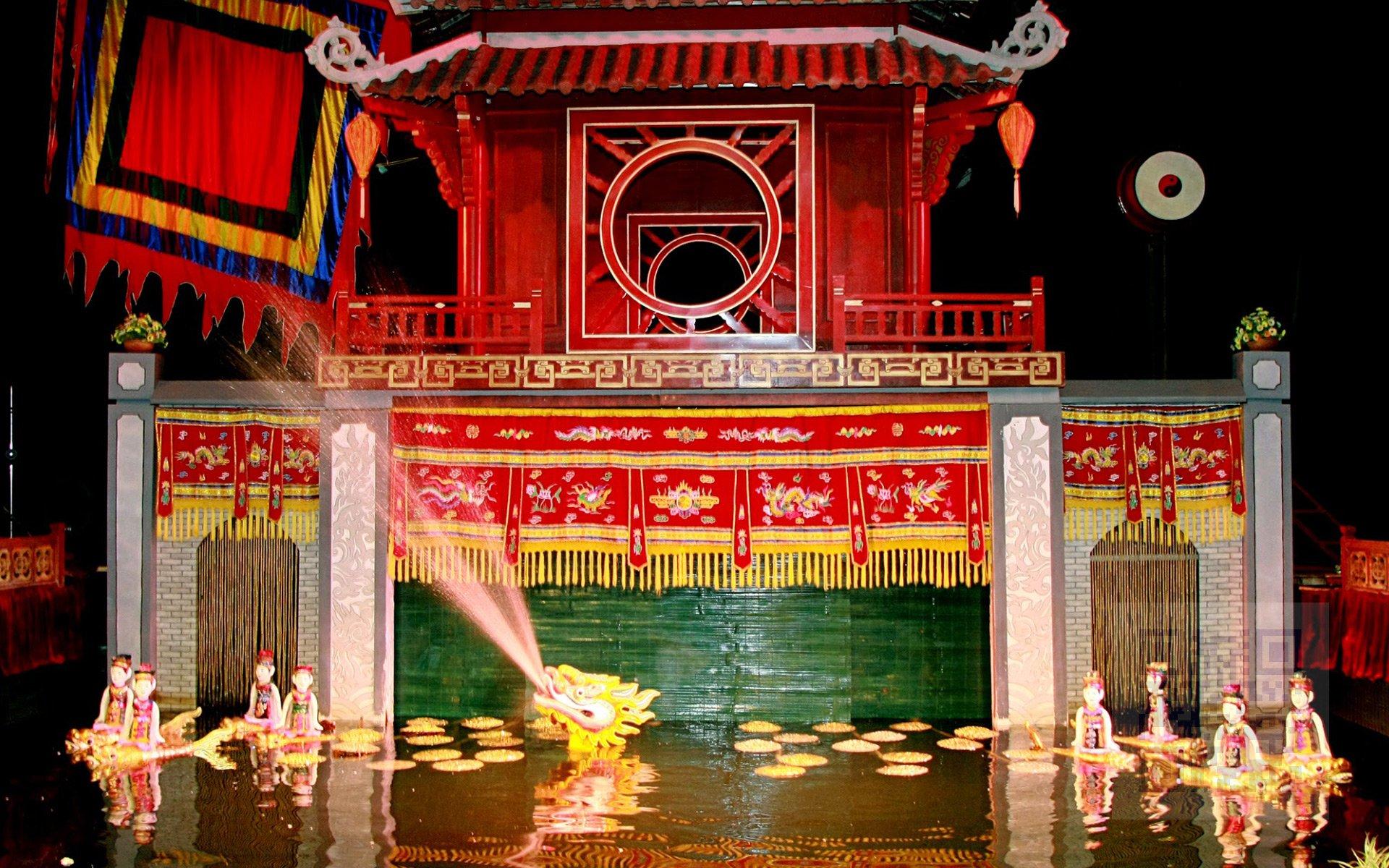Thang Long Water Puppet Theatre in Hanoi - Vietnam